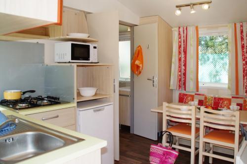 Salon cuisine du mobil home
